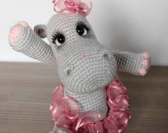 Free Amigurumi Hippo Pattern : Elfin thread lily rainbow cheeks the chibi unicorn amigurumi