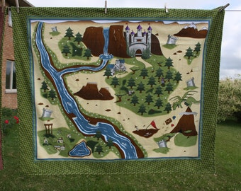 Castle play blanket with a cuddly side