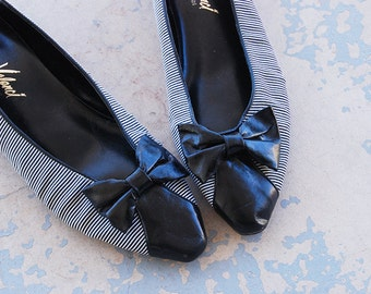 vintage 1980s Shoes - 80s Black and White Striped Ballet Flats Sz 10 41