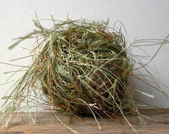 trendsetter yarns metal . celery copper 53 . 84yd . fluttery long metallic eyelash novelty carry along art yarn destash moss sage green