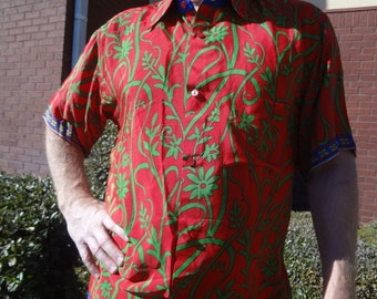 Men's Handmade Sari Silk Short Sleeve Button Down Dress Shirt - Multiple Sizes - Red with Green Vines - Octavio G742