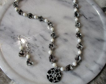 Necklace set, Black and white, Jewelry set, Beaded necklace set, Evening jewelry, Handmade jewelry, Mothers Day gift