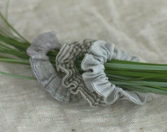 Set of 3 hair scrunchies, womans hair accessories, grey linen, elastic hair ties