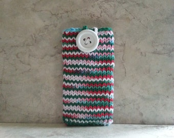 Apple iPhone 6/7 Holiday Secc Phone Sweater Sleeve Gadget Cozy Hand Knit with Large White Button Crochet Loop Gift under 25