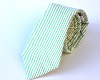 Men's Tie - Green Seersucker - Light Green and White Stripe Necktie