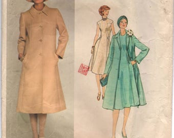 "1970's Vogue Paris Original Sleeveless Day Dress and Long Coat pattern - MOLYNEAUX - Bust 34"" - No. 1356"