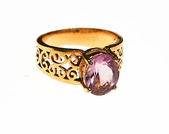 Oval Amethyst Ring, 18kt Gold Plated Band, Filigree Detail, Ring Size 7
