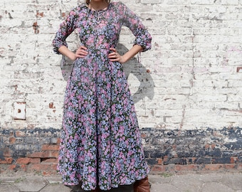 Long bohemian dress, Vintage floral hippie dress, seventies maxi dress