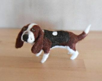Needle Felted Basset Hound Dog Sculpture, Wool Soft Sculpture Pet Figurine, Ready to Ship, Needlefelted Pet Portrait