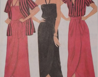 UNCUT and FF Pattern Pieces Vintage Butterick 6581 Sewing Pattern Shirt, Camisole, and Skirt