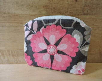 Pink and Beige Flower Zippered Coin Purse
