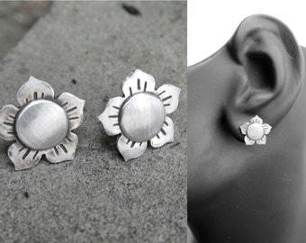 Sunflower Earring - Stud