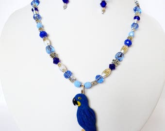AVAILABLE ! Hyacinth macaw parrot set necklace, earrings handmade of polymer clay.