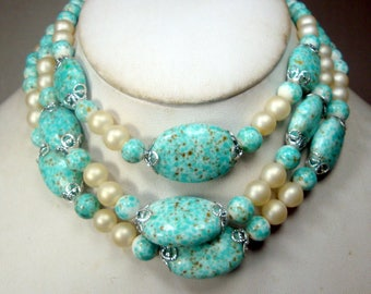 Mad Men Pearls & Speckled Aqua Glass CHOKER Necklace, 3 Pretty Strands of Japanese Beads, 1960s Dotted Artsy Aqua White Beads, Adjustable