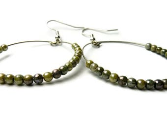 Glass bead earrings, czech bead earrings, beige earrings, beaded earrings, beaded jewellery
