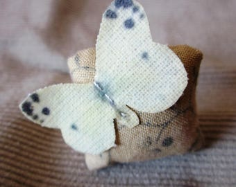 Shabby chic butterfly Ring