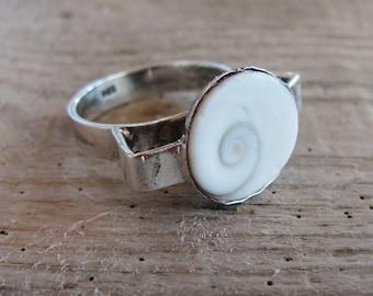 Sterling Silver Seashell Ring Eye of Shiva Shell US size 7