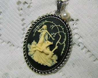 Goddess Cameo Necklace, Diana, Artemis, Huntress, Goddess of the Hunt, Forest, Woodland Wedding, Nature, Black & Ivory, Pearl Charm Pendant