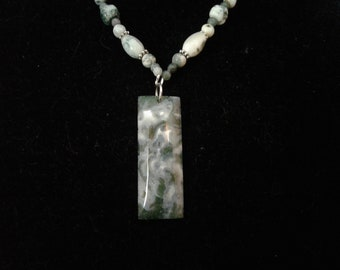"""21.5"""" Moss Agate and Jasper Beaded Necklace w. Agate Pendant, #114"""