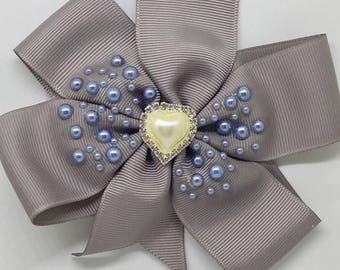 All the love in the world - Large: 12.5cm Pinwheel Hair Bow Clip