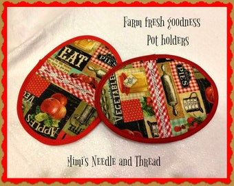 Farm fresh goodness set of two pot holders, hot pads, oven mitts