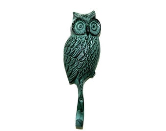 Owl Wall Hook in Distressed Green