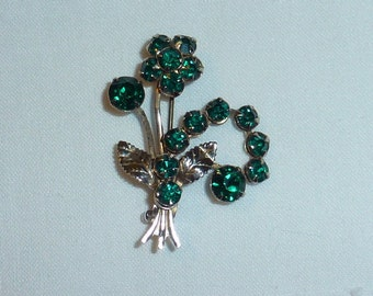 Vintage Brooch Pin with Emerald Green Stones
