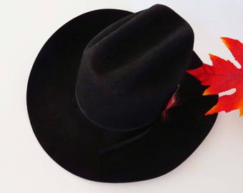Vintage BLACK COWGIRL-COWBOY Hat /  Chris Eddy designed w Duro Felt - Water Repellant / Sz 7 1/8: / 85% Wool-Made in United States