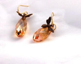 Bee Earrings, Golden Honey Topaz Crystal, Drop Earings, Dangle earrings Gifts for wife, Girlfriend gift, for women, Bumblebee Lover Jewelry