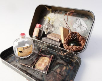 Tiny Dark Apothecary, Miniature Diorama, Altered Altoid Tin Magnet with Removable Bottles Woven Bag Crystal Ball Books, Cabinet Curiosities