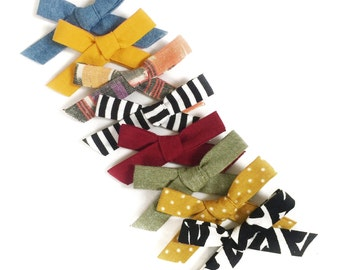 Surprise bow packs / 5 bows / random handtied clips