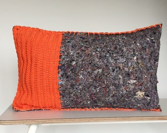 VENTE, orange crocheté oreiller, couverture avec crochet sur le devant en mouvement