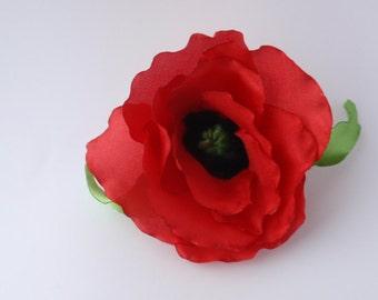 poppy flower, brooch pin and clip hair