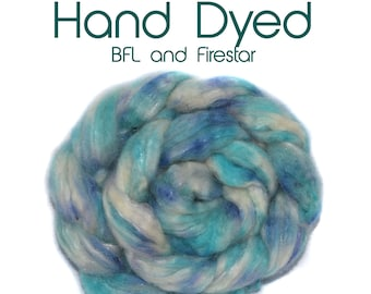 Hand dyed roving - BFL - Firestar - 100g/3.5oz - turquoise - white - purple