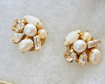 Vintage Swarovski cluster earrings white pearl earrings wedding earrings cotton pearl gift for her wedding pearl bridesmaid earrings mothers