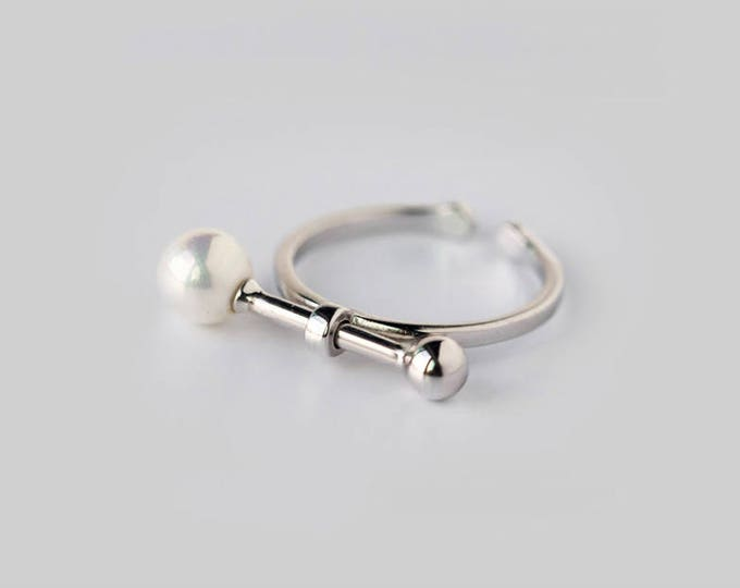 Two points one line,horizontal line, mother pearl. 925 silver, open ring