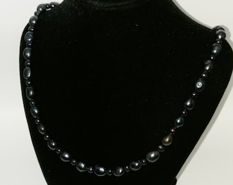 Black Pearl Necklace 18 Inch Sterling Silver Lobster clasp