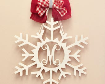Custom MONOGRAM Christmas Snowflake/door hanger/wall hanging/winter wreath/24 inch/wooden/front door decor/letter