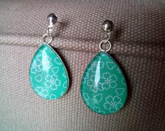 Green BOG6 drop earrings