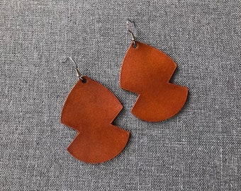 Large leather saddle colored earrings