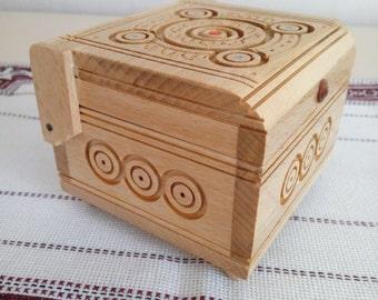 Wooden box, Storage box,Ukrainian style, Ukrainian souvenir, Box of handmade, Box wood carving, Trinket box, Ukrainian gift, Accessories box