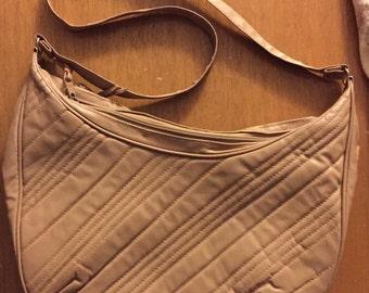 SALE    Vintage tan handbag