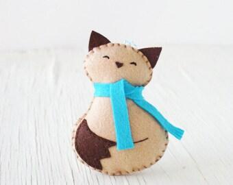 PDF Pattern - Cozy Kitty, Winter Felt Ornament Pattern, Christmas Ornament, Softie Pattern, Holiday Sewing Pattern