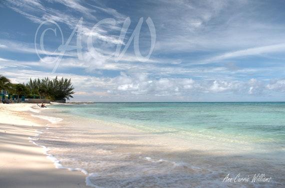 Seven Mile Beach on Grand Cayman Island (PR) (canvas)