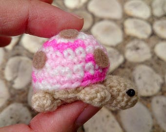 Miniature Pink Ladybug Figurines Amigurumi Animals Crochet Soft Toy Stuffed Animals Baby Christmas Gift