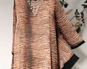 Exotic, New sheer Abstract print Lagenlook Plus size top, M, L, 1XL, 2XL, 3XL