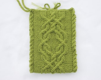 E-reader bag, green Kindle sleeve, with Icord wrist strap, Nook pouch, cable knit bag, green pouch