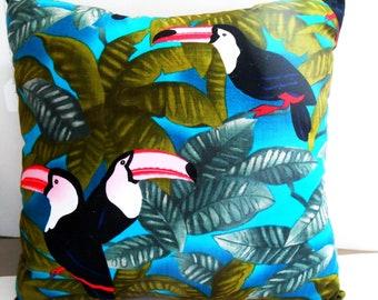 Toucan Pillow/Toucan throw pillow/Tropical Bird Pillow/Toucan pillows/Exotic bird pillow/decorative pillows/throw pillows/Bird pillows