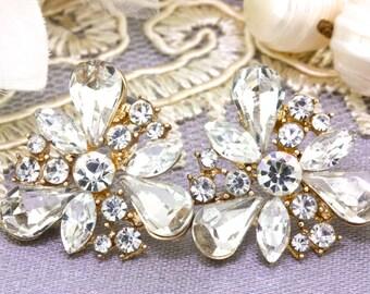 Bridal Gold Crystal Stud Earrings, Bridesmaids Cluster Stud Earrings, Wedding Gift Jewelry, Flower Post Earrings, Dainty Statement Earrings