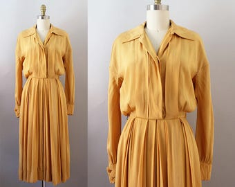 1940s Rayon Dress / Vintage 40s Golden Yellow Day Dress / XS